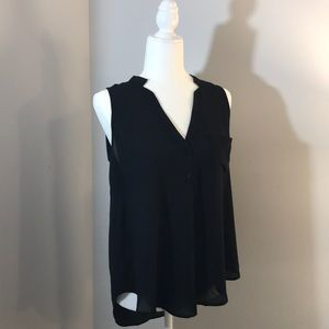 Black No-Sleeve Blouse